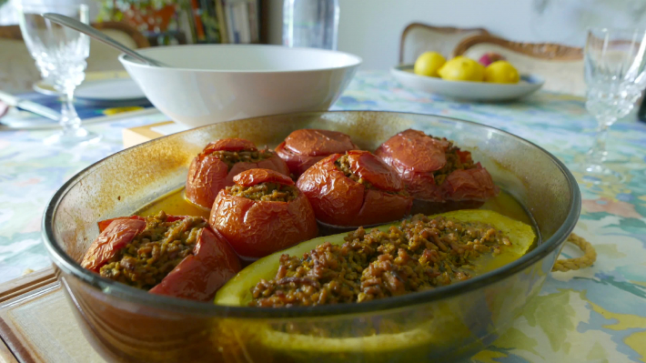 Sunday meal : baked stuffed tomatoes with meat