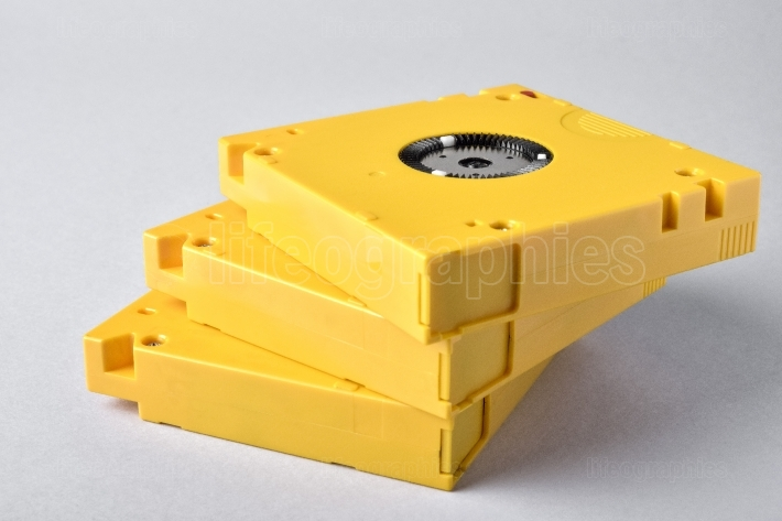 3 magnetic tape data storage. lto-10