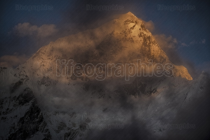 Mount lhotse by night