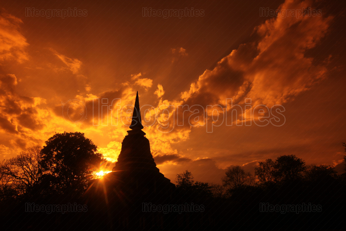 ASIA THAILAND SUKHOTHAI TEMPLE WAT CHANG LOM