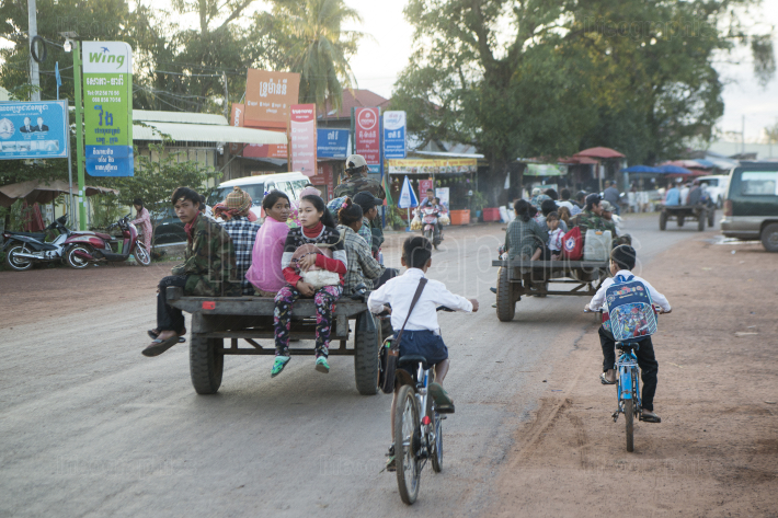 CAMBODIA SRA EM VILLAGE TRANSPORT