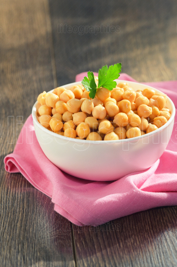 Cooked Chickpeas In Ceramic Bowl