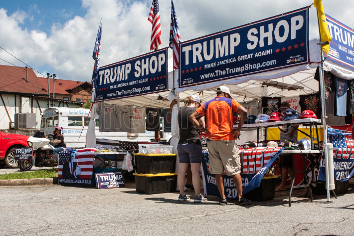 Couple Looks Over Merchandise At Popup Trump Shop In Georgia