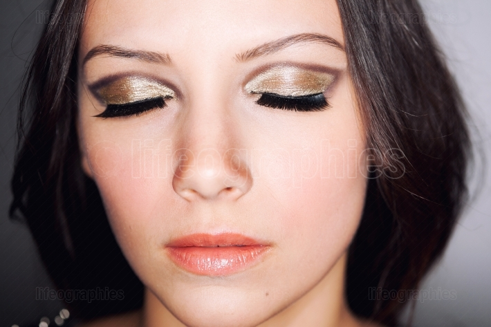 Eyes closed makeup