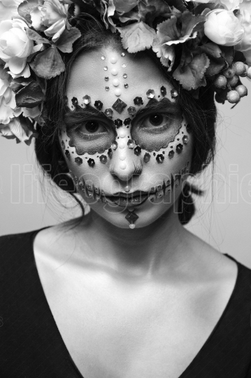 Halloween Model with Rhinestones and Wreath of Flowers Black and
