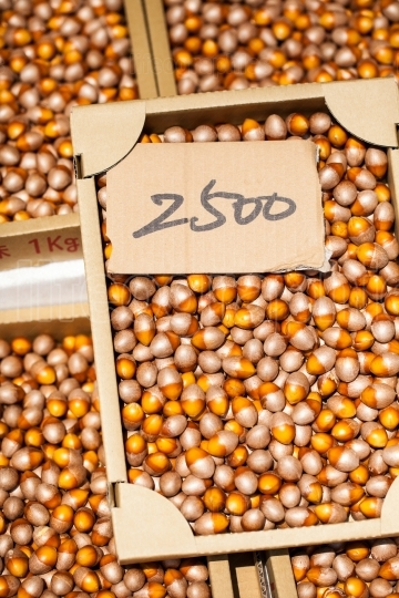 Loose hazelnuts on the market