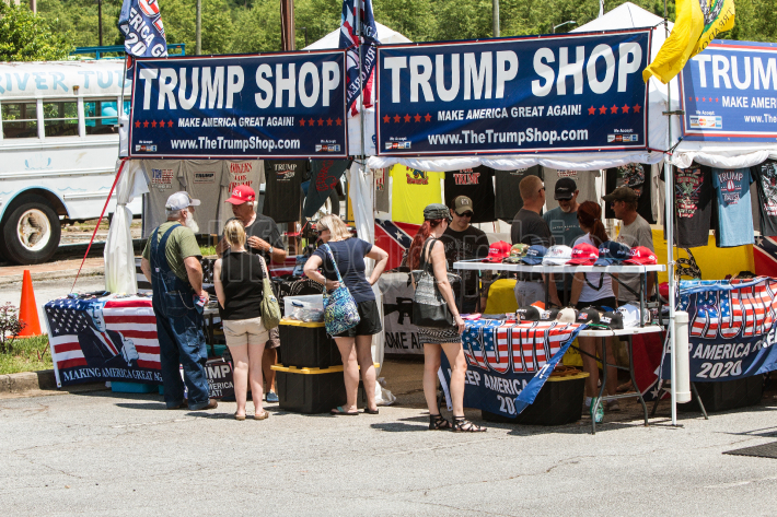 People Shop For Merchandise At Outdoor Donald Trump Popup Store
