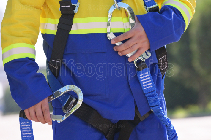 Safety harness construction equipment