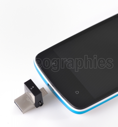 Usb flashes drive 3.0 and mobile phone
